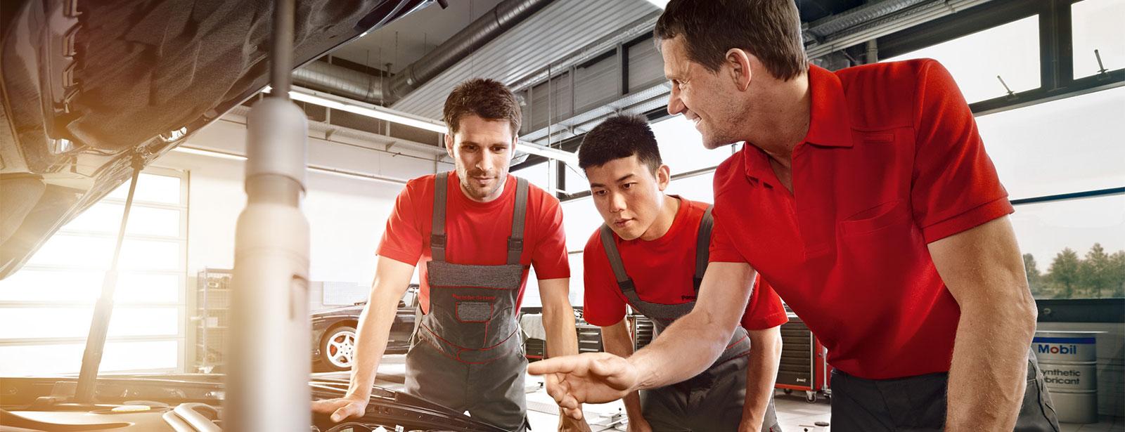 Jobs und Karriere | Leiter Werkstatt (m/w) | Service Techniker (m/w) | Kfz-Mechatronik (m/w)